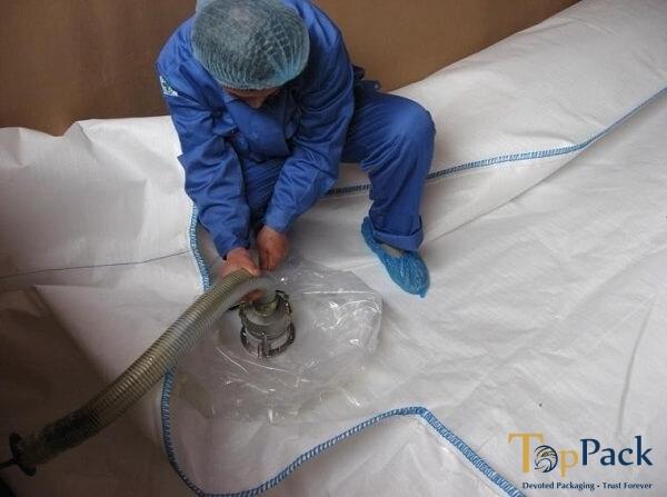 Tải chất lỏng vào túi mềm flexitank